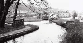 Go to Whaley Bridge Canal Basin